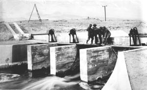 aqueduct_intake_opening_gate_in_1913_lawp_3b.jpg