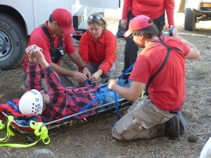 Photo from  the Mono SAR Team and Tuolumne County SAR Team. Member of Mono SAR – Caara Hunter and Natali Endo.