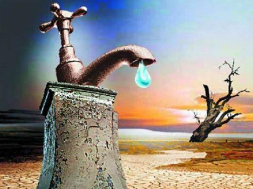Drought_water spigot in desert